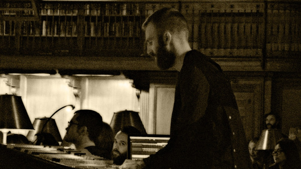 Ben Frost during his performance at the Rose Main Reading Room in NY public library. US premiere of Music for 6 Guitars